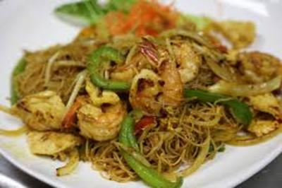 Spicy Thai style pasta with ( Chicken, pork , Shrimp or beef ) picture