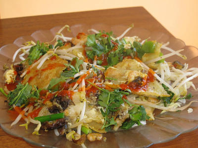 Oyster omelette picture