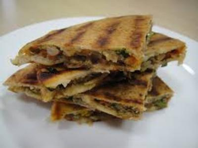 Lebanese Meat-Stuffed Pitas (Arayes)  Read more picture