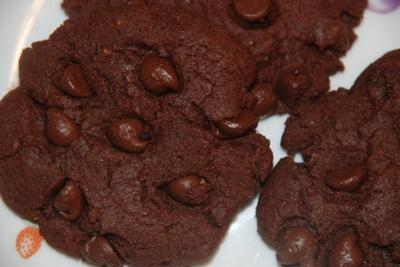 Chocolate Raspberry Cookies–Vegan picture