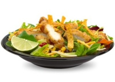 Crispy Chicken BLT Salad picture