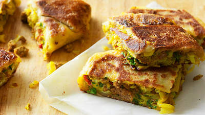 Turnover with spiced minced meat and cabbage (murtabak) picture