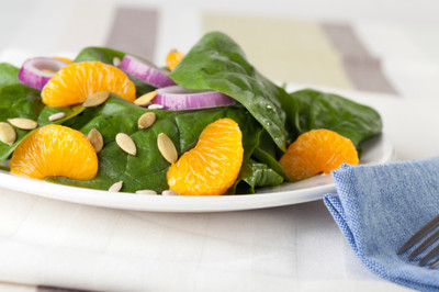 Spinach Salad with Thyme & Citrus Vinaigrette Recipe picture